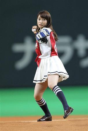 球を放る優子.jpg